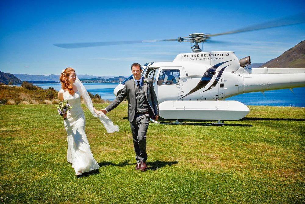10-alpine-helicopters-wedding.jpg