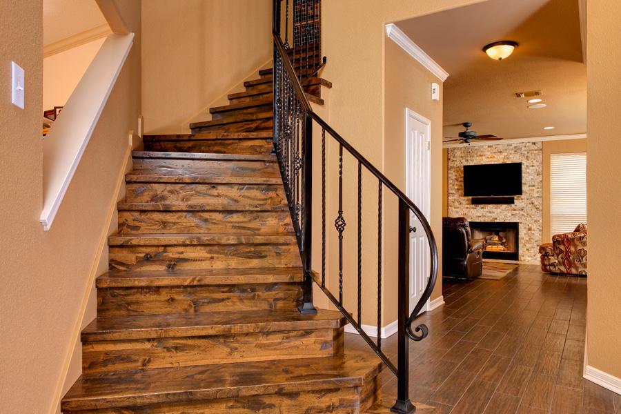 MG_7138_stairs.jpg