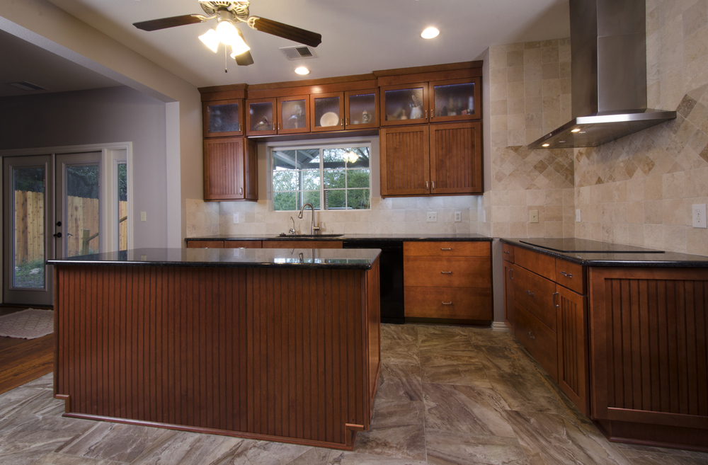 New-Braunfels_25_Rays-kitchen.jpg