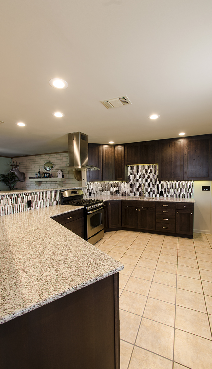 KMRemodeling_112_Dirks_kitchen_internet.jpg