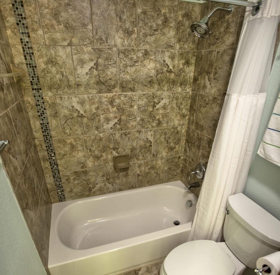 Rogers-Guest-Bath-1.jpg