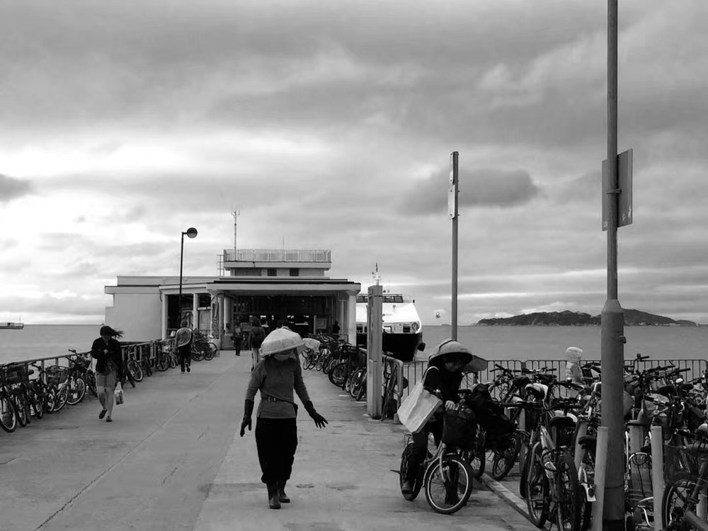 Yung Shue Wan Pier on Jan. 07, 2018. 2018年1月7日在南丫岛榕树湾码头