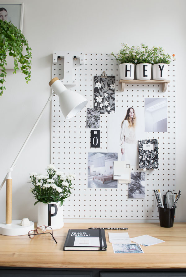 Design_Letters_And_Friends_Arne_Jacobsen_Summer_Workspace02.jpg