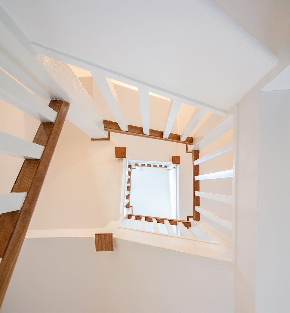 Brennan-Furlong-House-Extension-Dublin-3-STAIRCASE.jpg