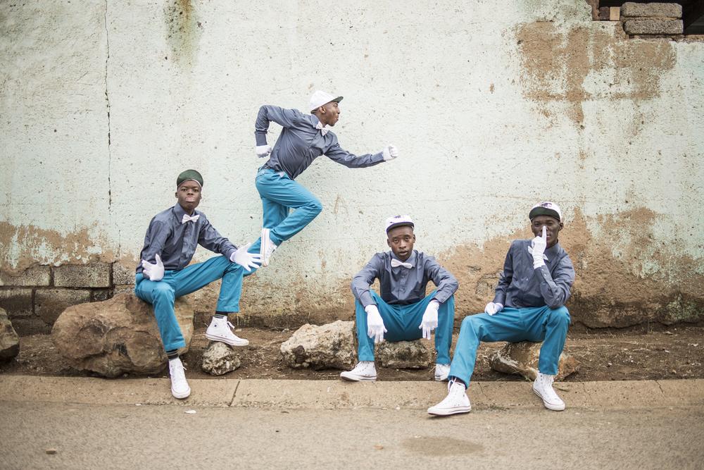 09Rea Iketsetsa - Soweto - 2014 2.jpg