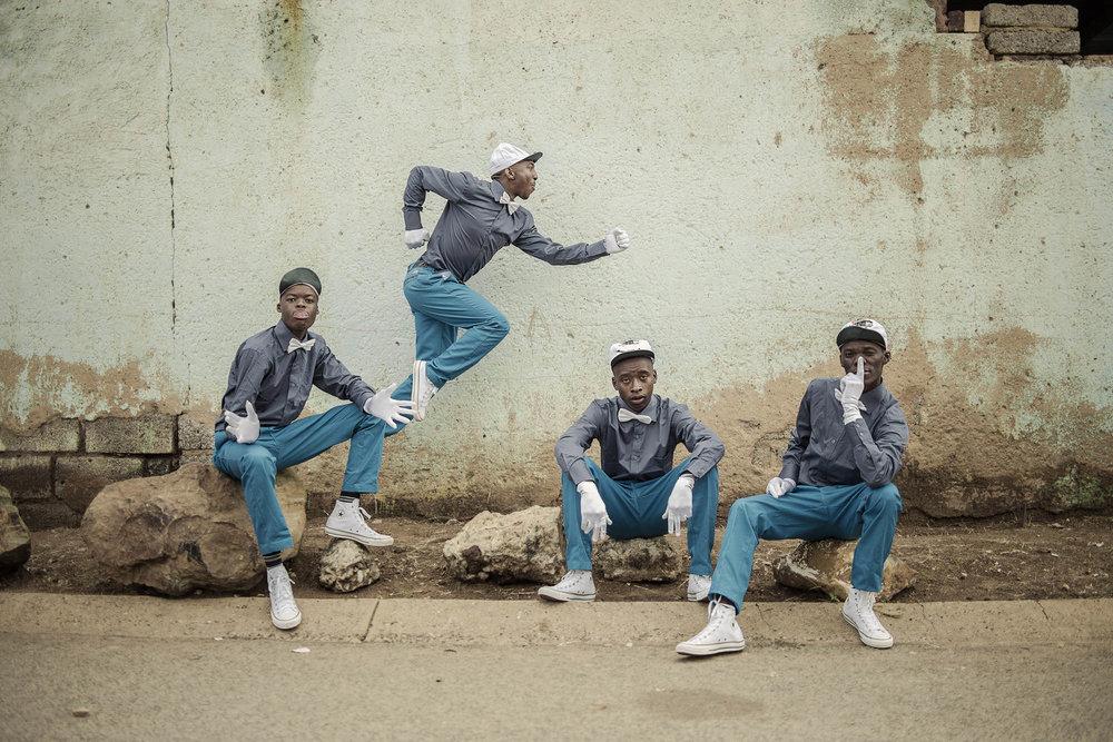 Intro - Rea Iketsetsa - Soweto.jpg