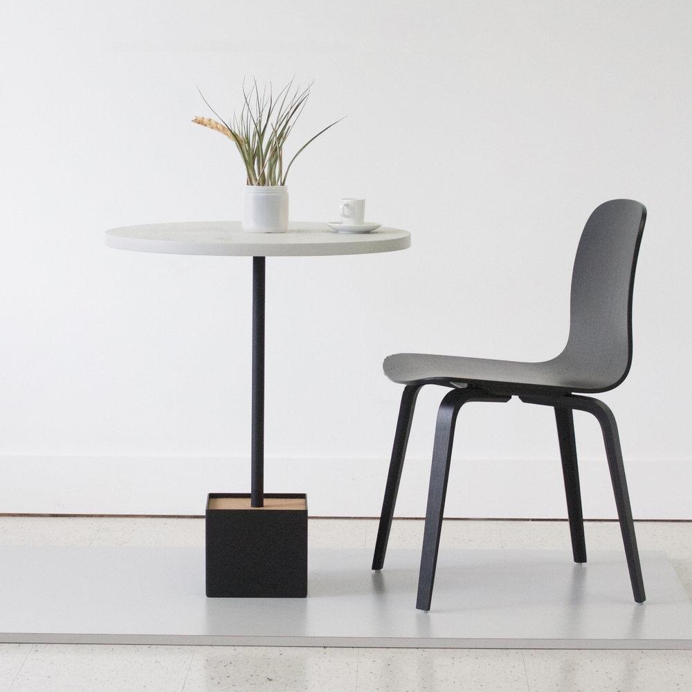 Cafe / Bistro Tables
