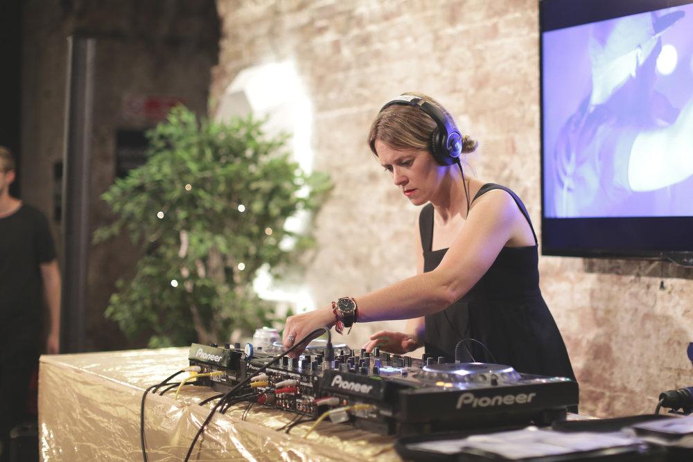 Edith Bowman DJ Set