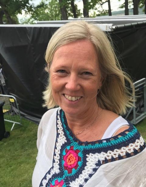 Sigrid Kvam Østmark (bilde) synes Drøbakfestivalen er en veldig sosial festival.