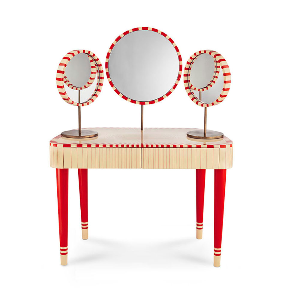 MatteoCibic_Woman-in-Paris-Rosso-Dressing-Table-Scarlet-Splendour.jpg