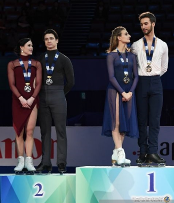 Canadians Tessa Virtue-Scott Moir (left) and French team Gabriella Papadakis-Guillaume Cizeron were in an ice dance class by themselves at the Grand Prix Final, as they will be at Olympics.  (Getty Images)