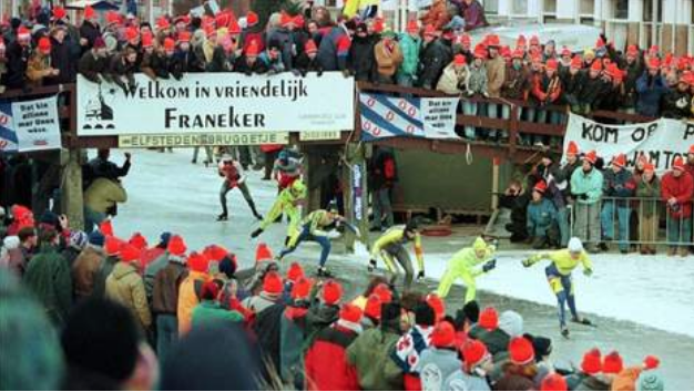 The 1986 Elfstedentocht passes through Franeker, one of the Frisian cities linked by the Eleven Cities Tour.
