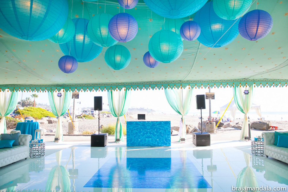 raj-tents-lighting-blue--urple-globes.jpg