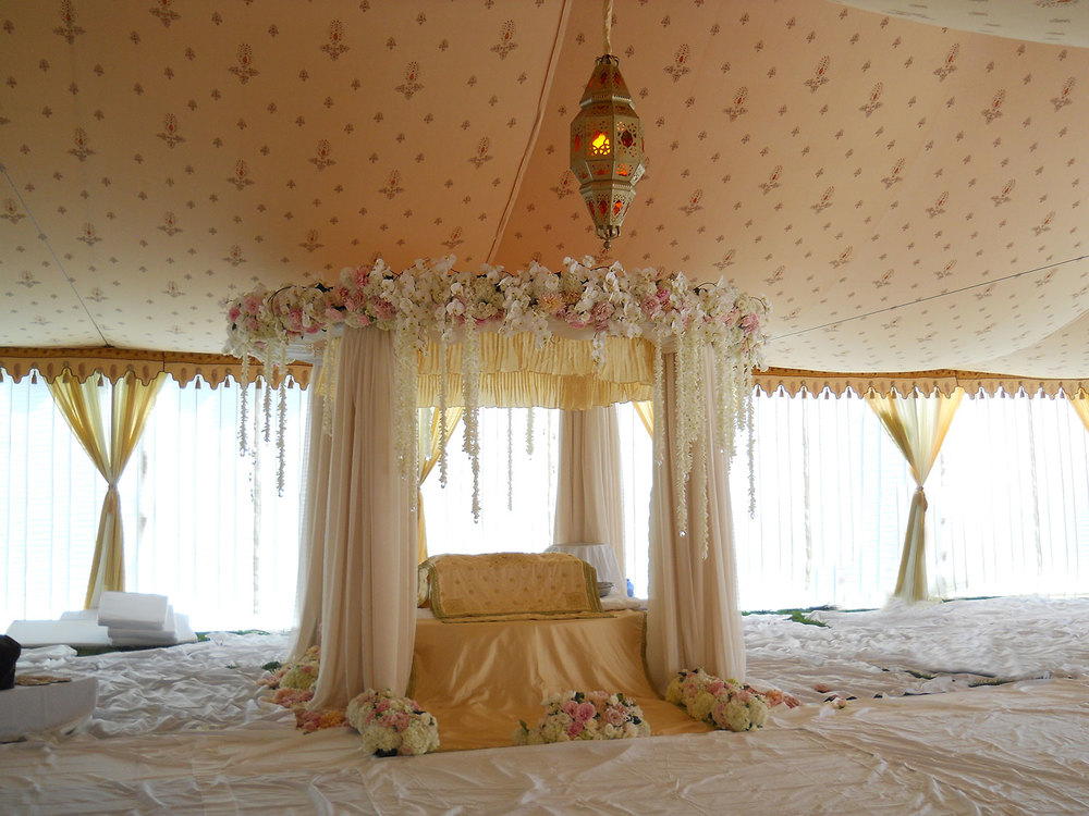 raj-tents-indian-theme-honeyglow-mandap.jpg