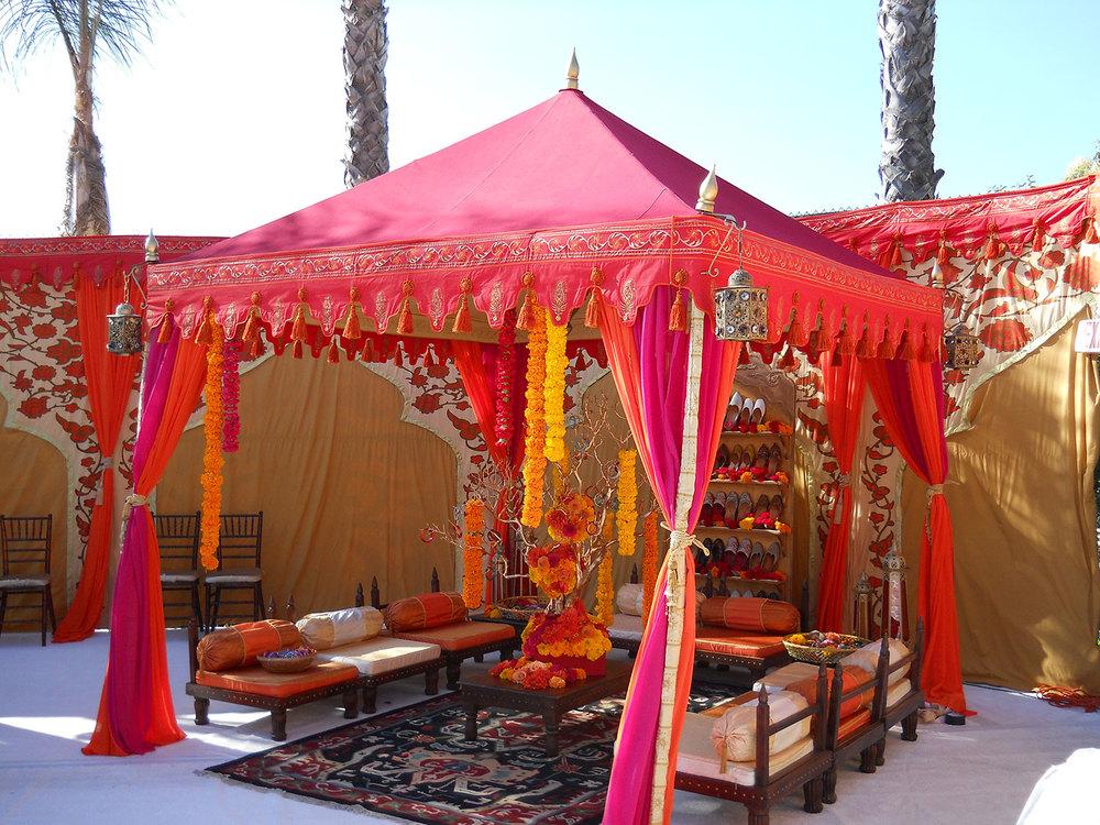 raj-tents-indian-theme-pergola-lounge.jpg