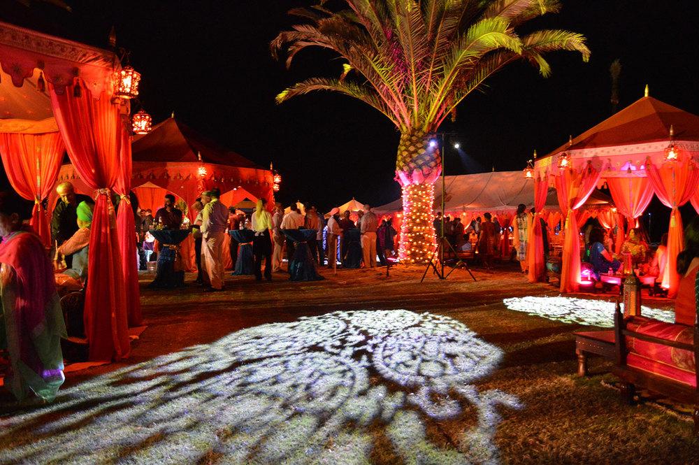 raj-tents-indian-theme-large-wedding.jpg