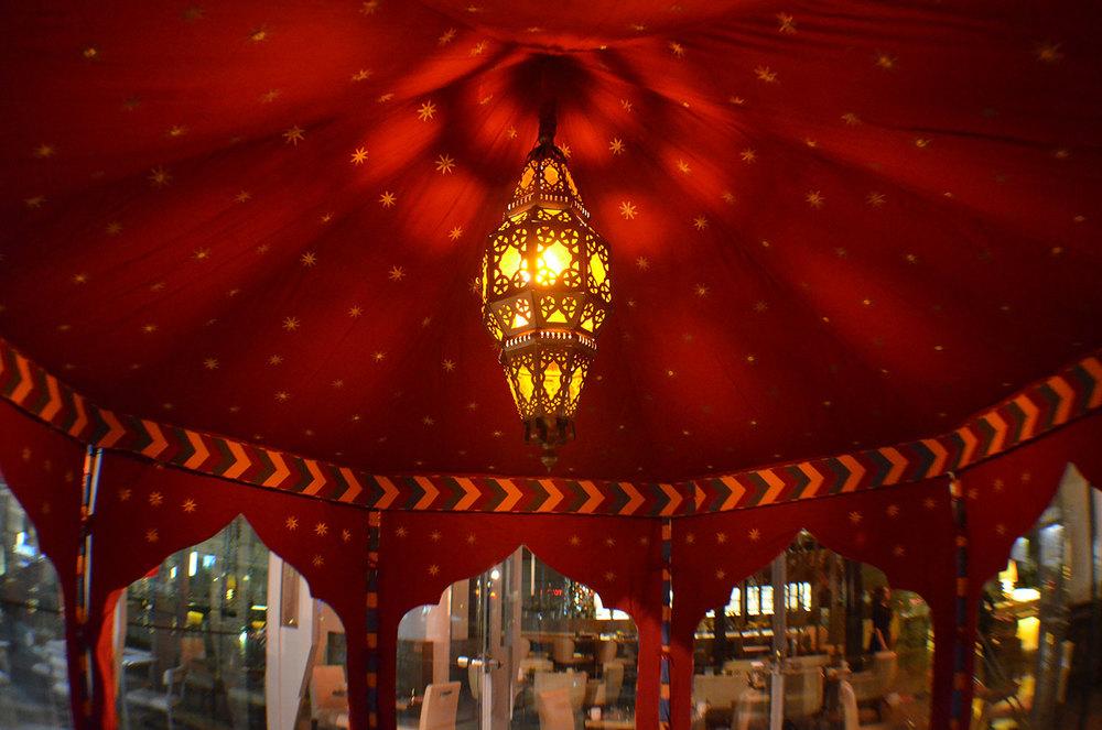 raj-tents-moroccan-theme-ottoman-pavilion-interior.jpg