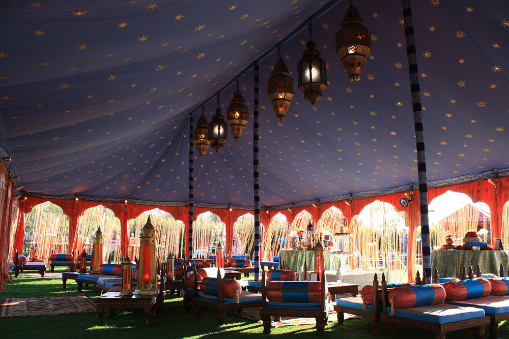 raj-tents-moroccan-theme-marakesh-interior.jpg