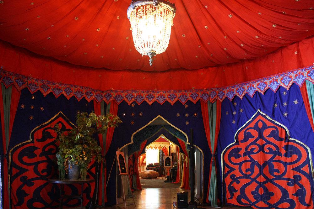 raj-tents-moroccan-theme-hallway-indoors.jpg
