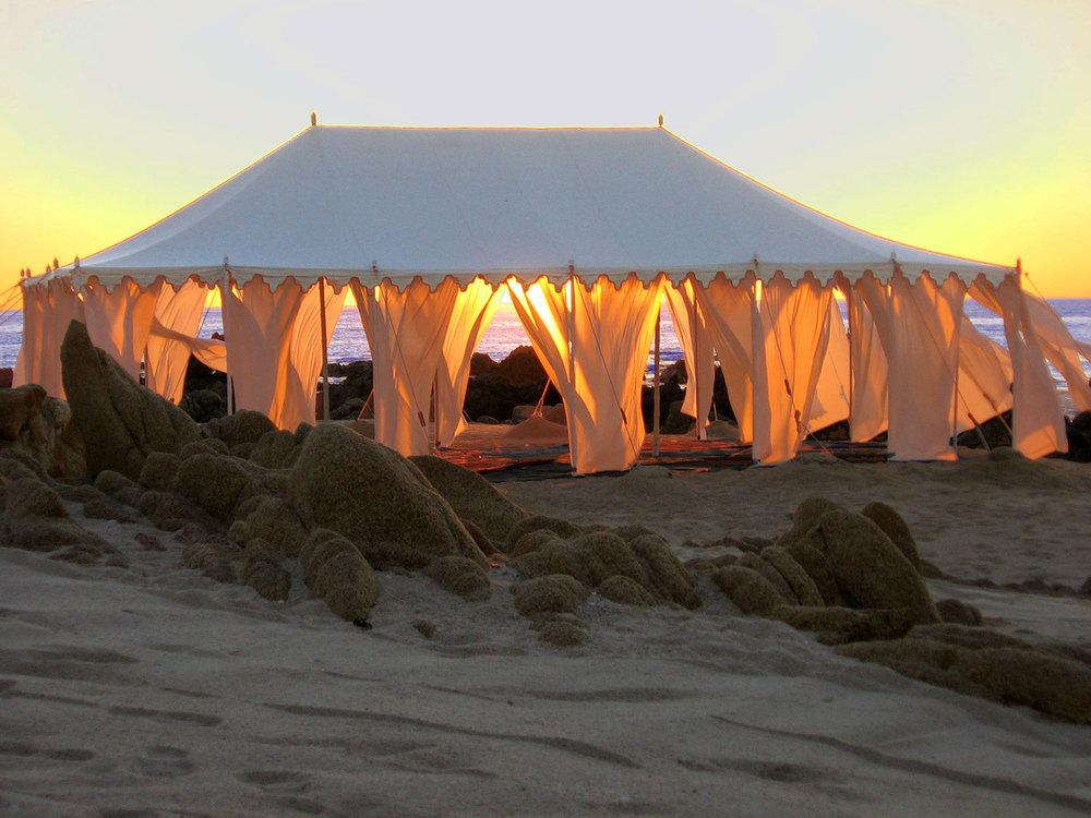 raj-tents-beach-chic-theme-maharaja.jpg