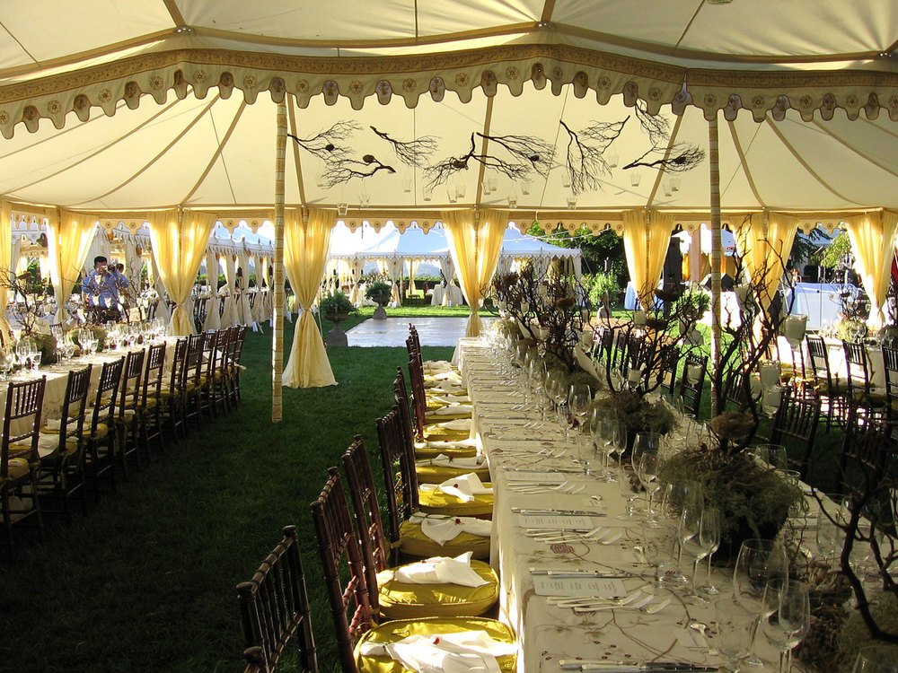raj-tents-other-themes-boho-chic-dining-maharajas.jpg