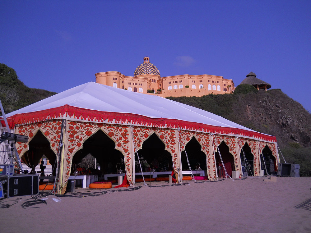 raj-tents-destination-events-beach-maharaja.jpg