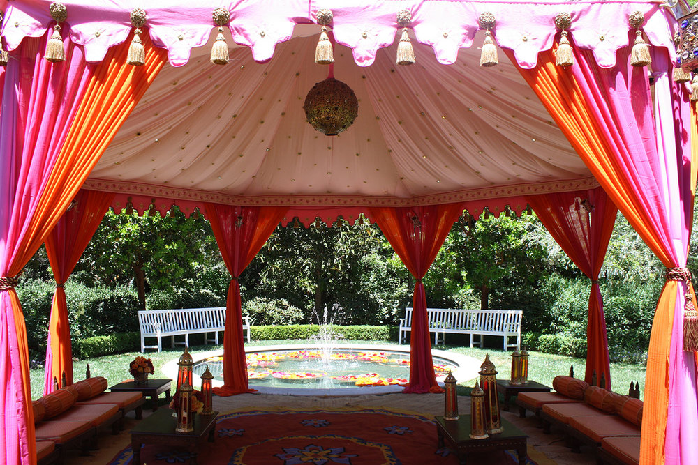 raj-tents-social-events-grand-pavilion-and-fountain.jpg