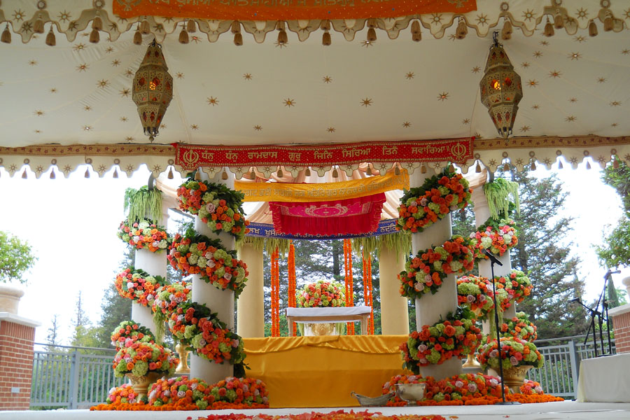 Raj Tents luxury tent Mandap Cream gold star print.jpg
