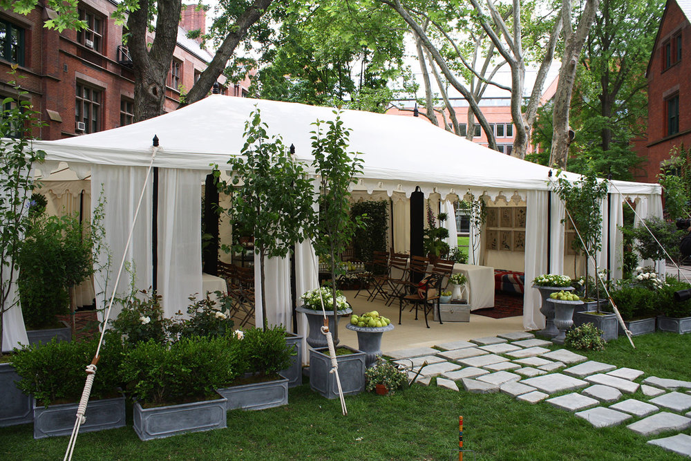 raj-tents-black-and-white-outdoor-garden-party.jpg