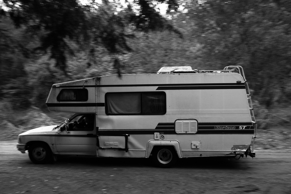 "Oct 1. 2015 - ""He's headin up to Jeff Courtney's"" Elmer says as the barreling motor home hi-tails it for higher ground."