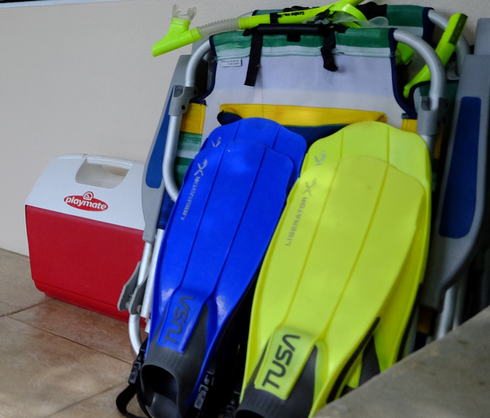 cooler snorkel gear.jpg