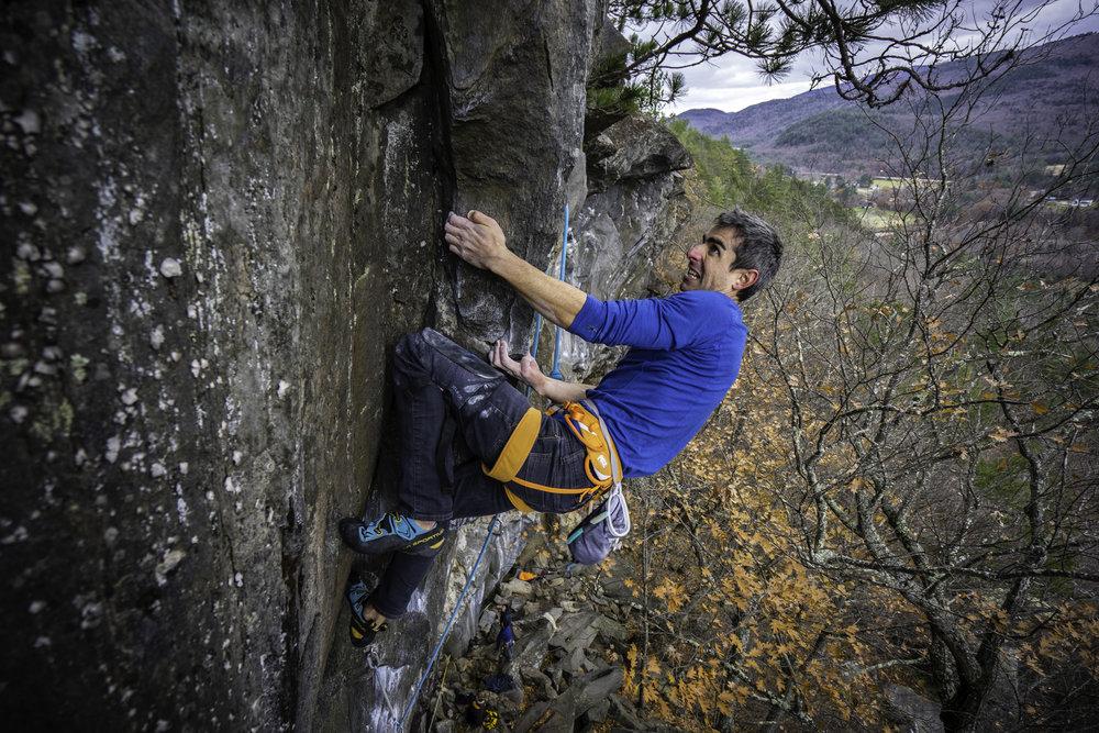 Ian Wauchope climbing Muscle Beach