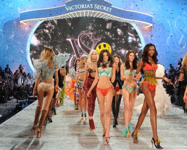 maria_borges_2013_victorias_secret_fashion_show_nhhibFmR.sized.jpg