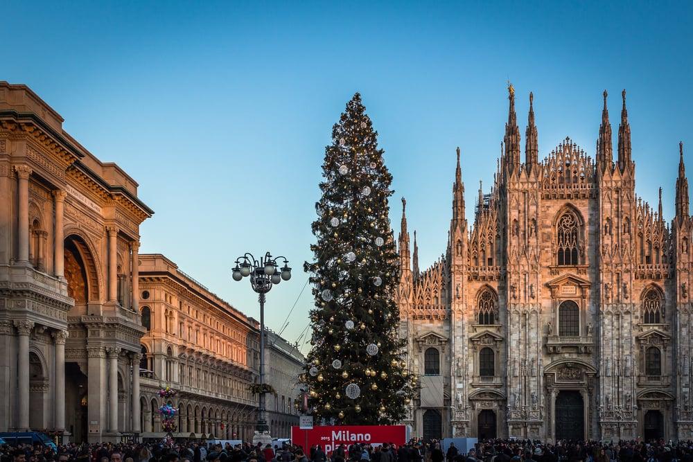 Duomo and Christmas Tree