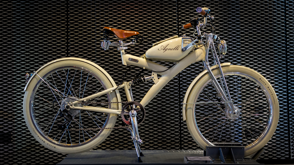 Agnelli Motorized Bike