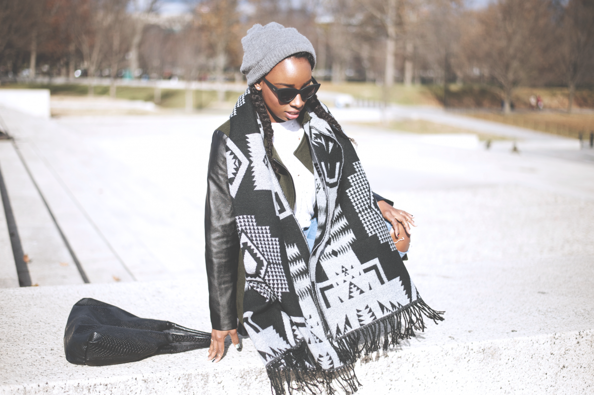 Tasha-James-The-Glossier-Fashion-Beauty-Makeup-Blogger-Outfit-Style-Winter-Trends-Blanket-Scarf-Ripped-Jeans-10