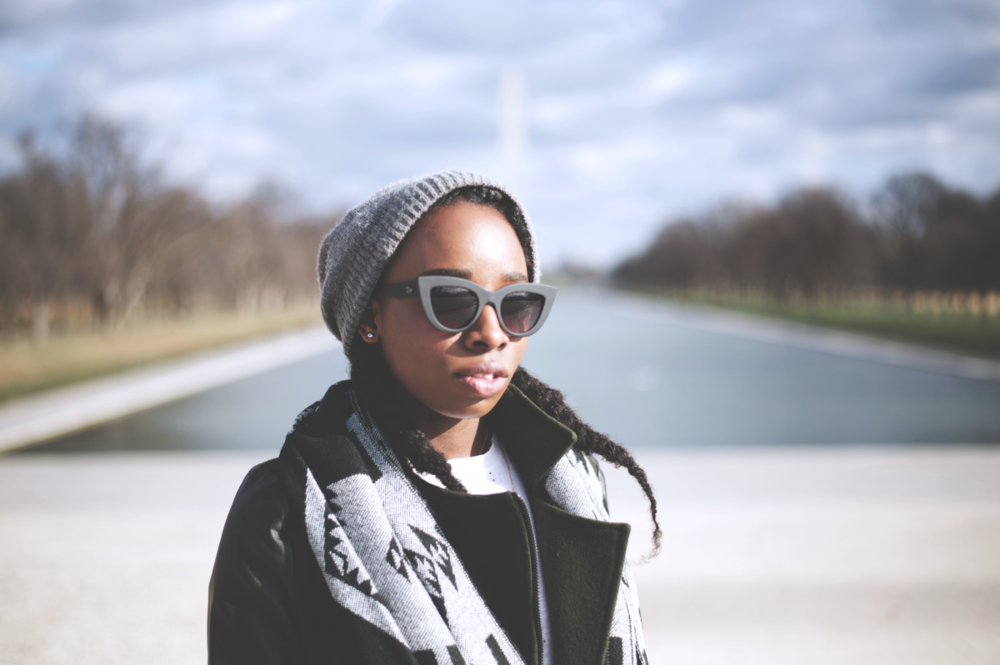 Tasha-James-The-Glossier-Fashion-Beauty-Makeup-Blogger-Outfit-Style-Winter-Trends-Blanket-Scarf-Ripped-Jeans-5.png