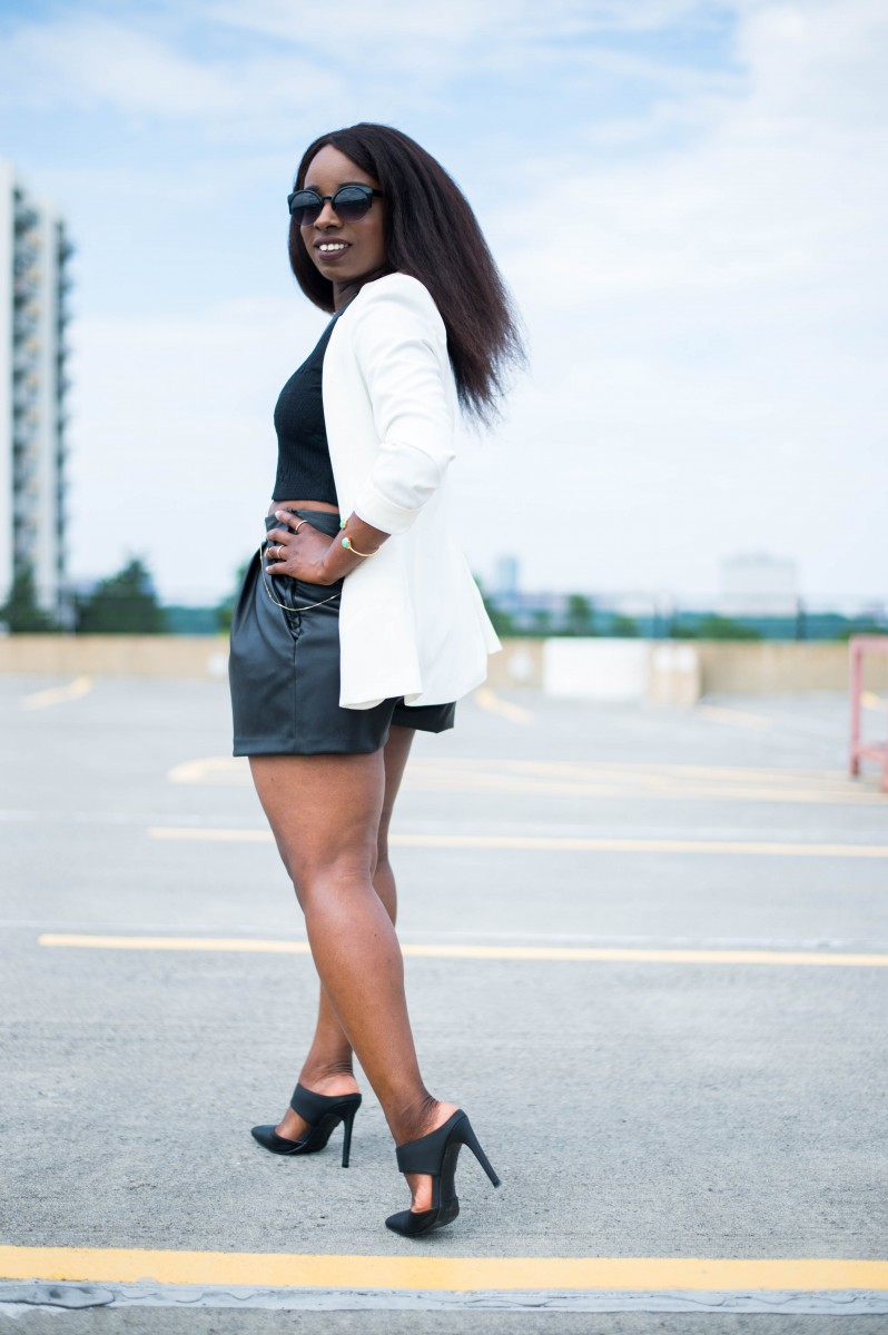 The-Glossier-Fashion-Style-Blogger-DC-Black-Leather-Shorts-White-Blazer-2