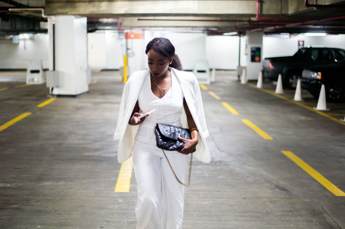 The-Glossier-Fashion-Style-Blogger-DC-White-Jumpsuit-Solange-Outfit-Lookbook-1