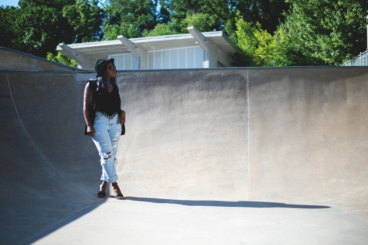 Tasha-James-The-Glossier-Fashion-Blogger-HM-Calvin-Klein-Jeans-Bloglovin-Awards-Skate-Park-DC-5 copy