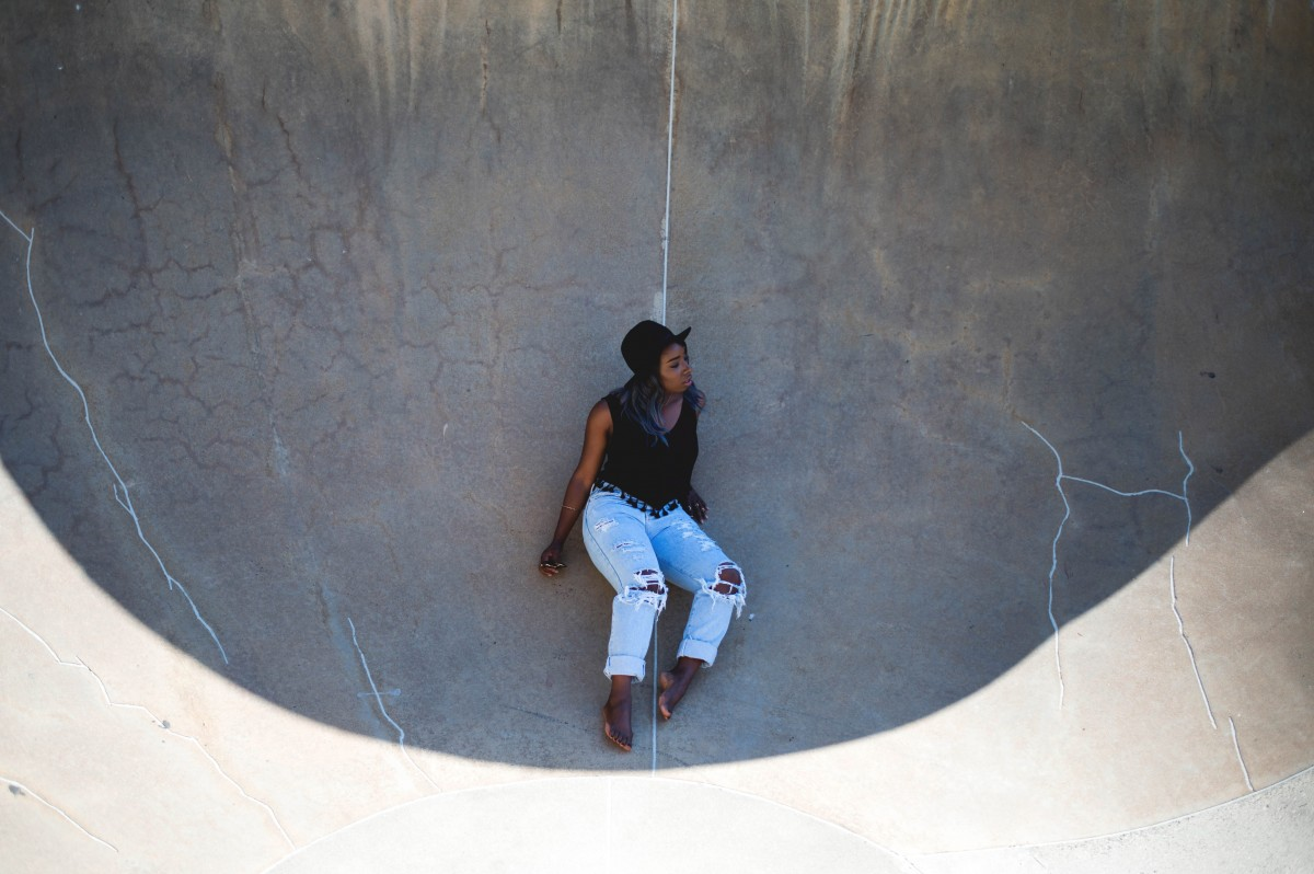 Tasha-James-The-Glossier-Fashion-Blogger-HM-Calvin-Klein-Jeans-Bloglovin-Awards-Skate-Park-DC-19 copy