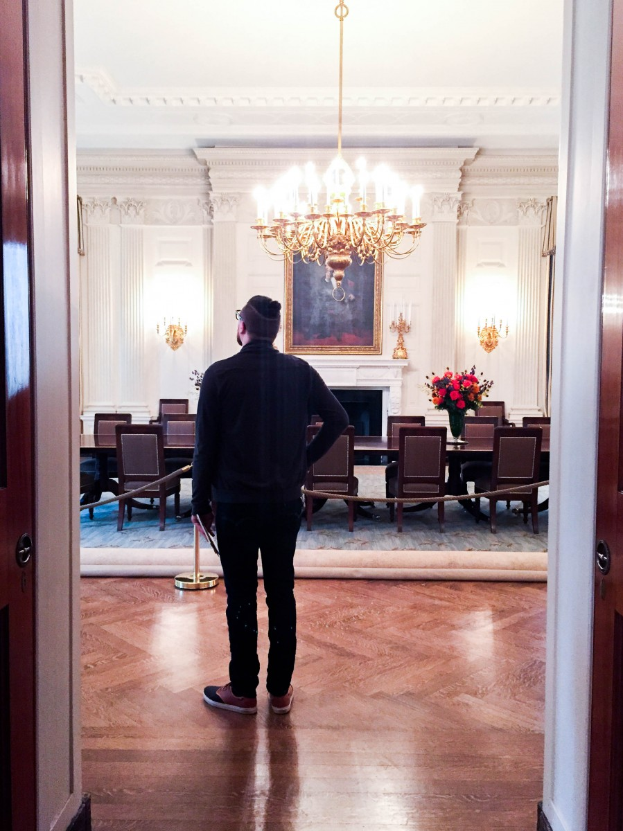 Tasha-James-The-Glossier-White-House-Tour-Photo-Ban-Lift-2015-18