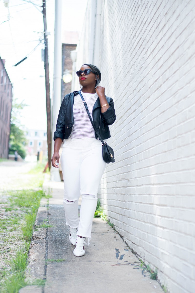 The-Glossier-Blogger-Fashion-Style-All-White-Summer-Lookbook-5