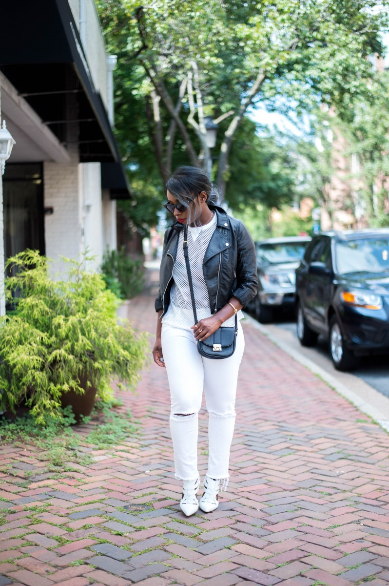 The-Glossier-Blogger-Fashion-Style-All-White-Summer-Lookbook-11
