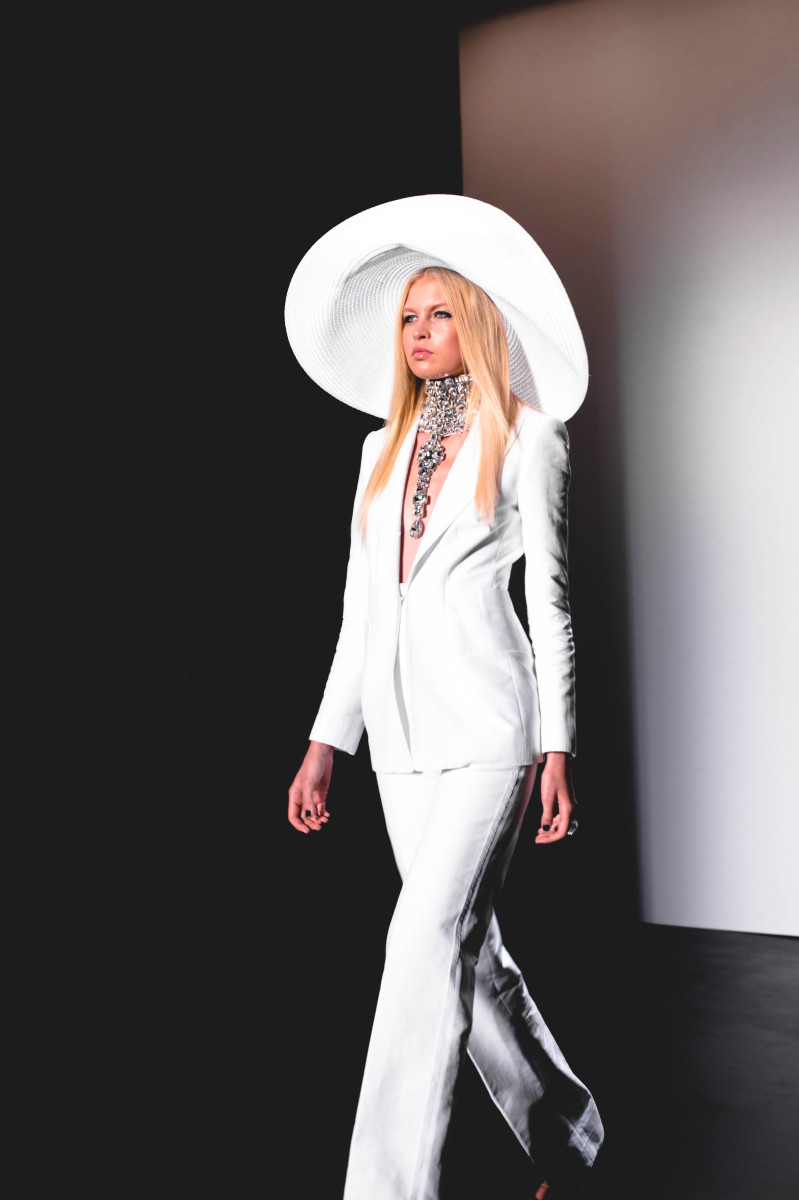 The-Glossier-Fashion-Blogger-Style-Zang-Toi-NYFW-New-York-2015-SS16-1 copy