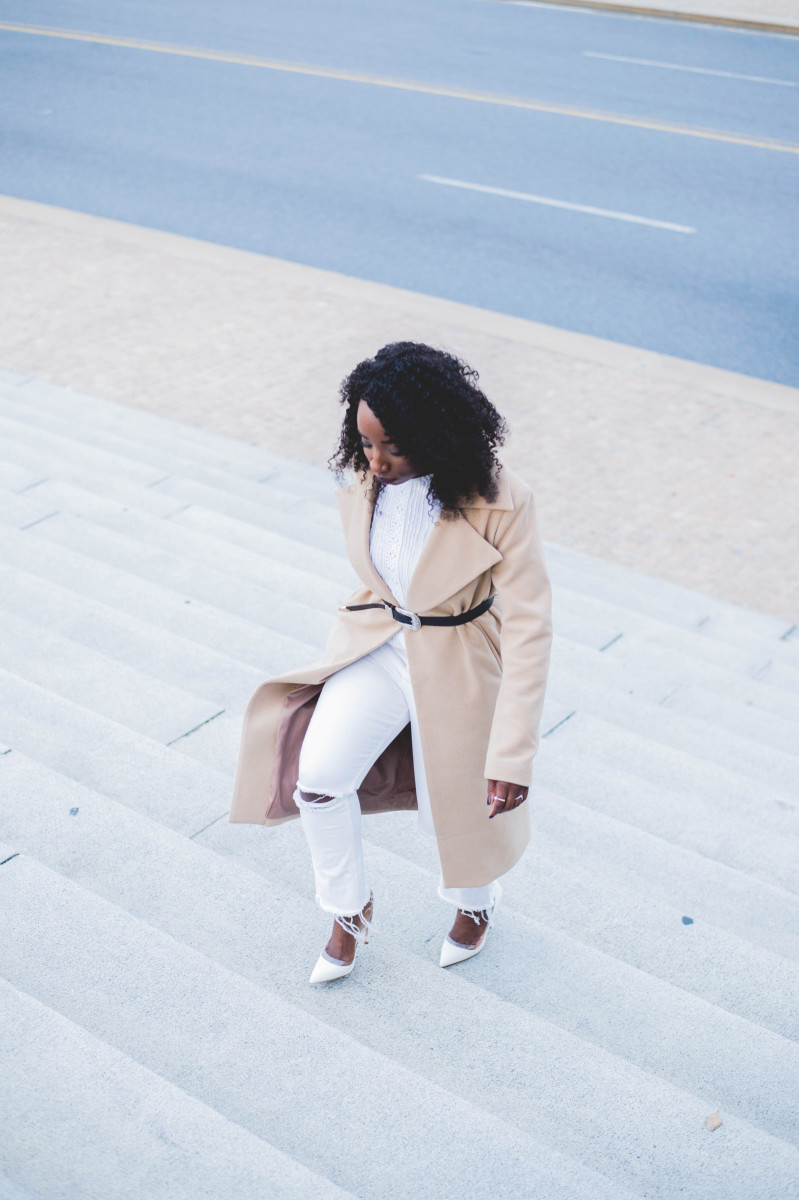 The_Glossier_Tasha_James_Style_Fashion_Blogger_Kim_Kardashian_Camel_Coat_White_Monochromatic_DC-6 copy