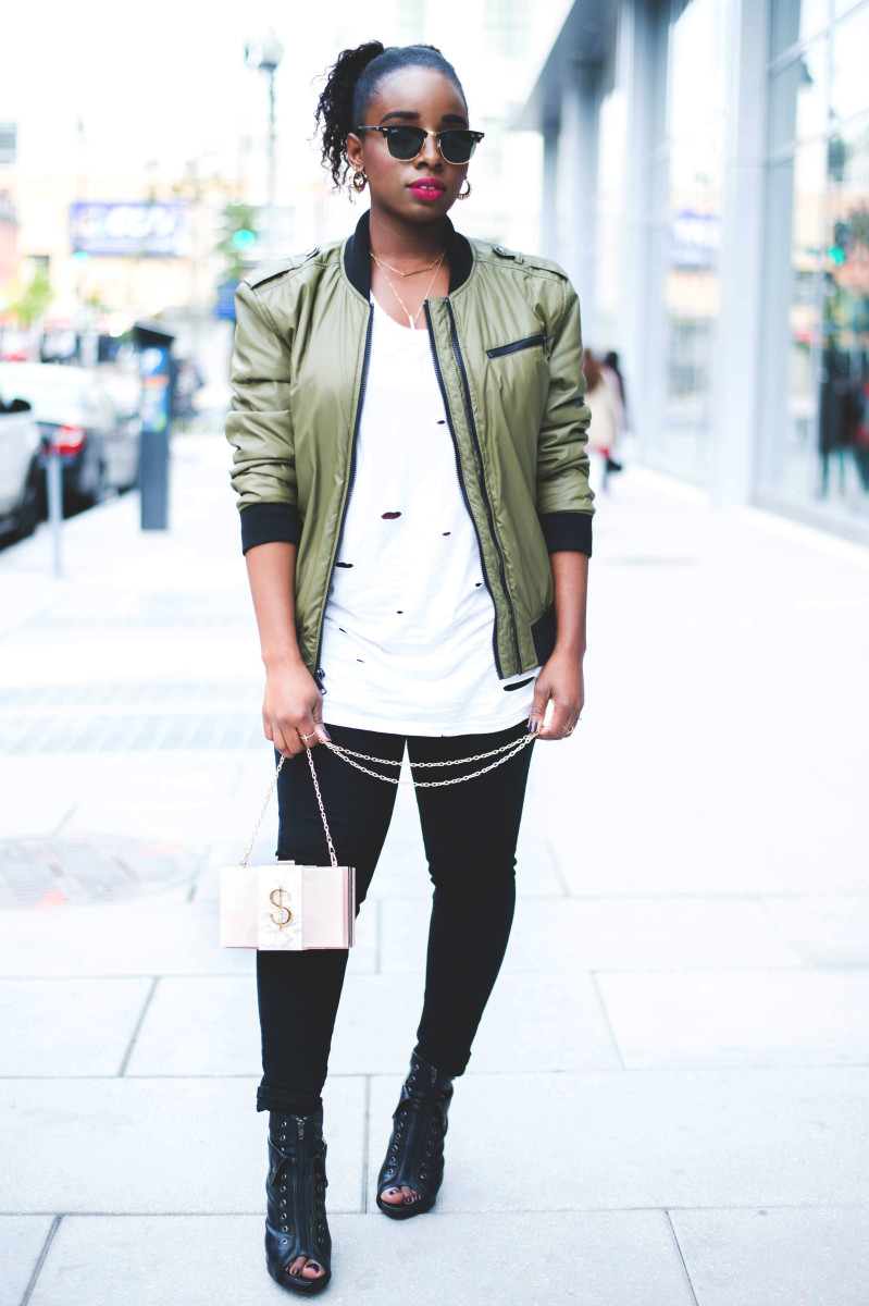 The-Glossier-Fashion-Blogger-Style-William-Rast-Target-Bomber-Jacket-Fall-2015-DC-23