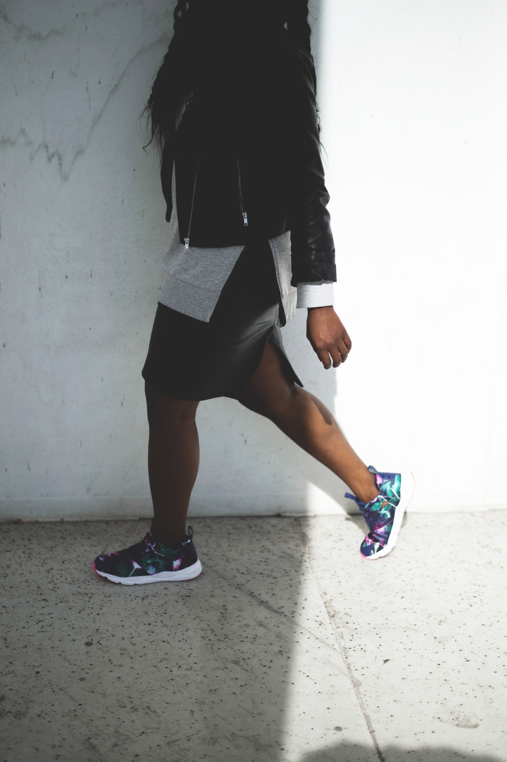 The_Glossier_Tasha_James_Blogger_Style_Fashion_Zara_Fall_Reebok_ThisISClassic_DC-43.jpg