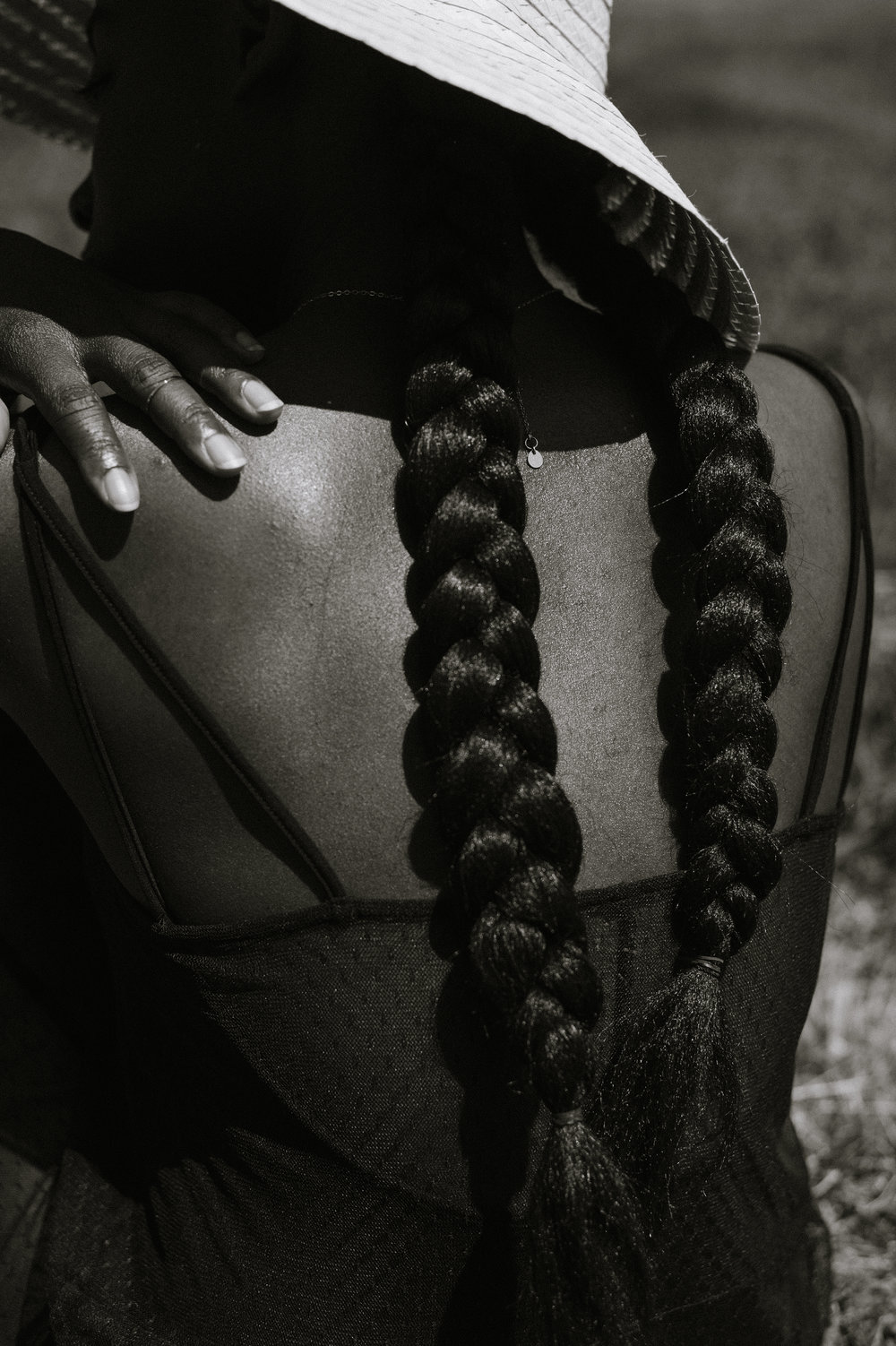 Tasha-James-The-Glossier-Blogger-Fashion-Style-HM-Lace-Dress-Black-23.jpg