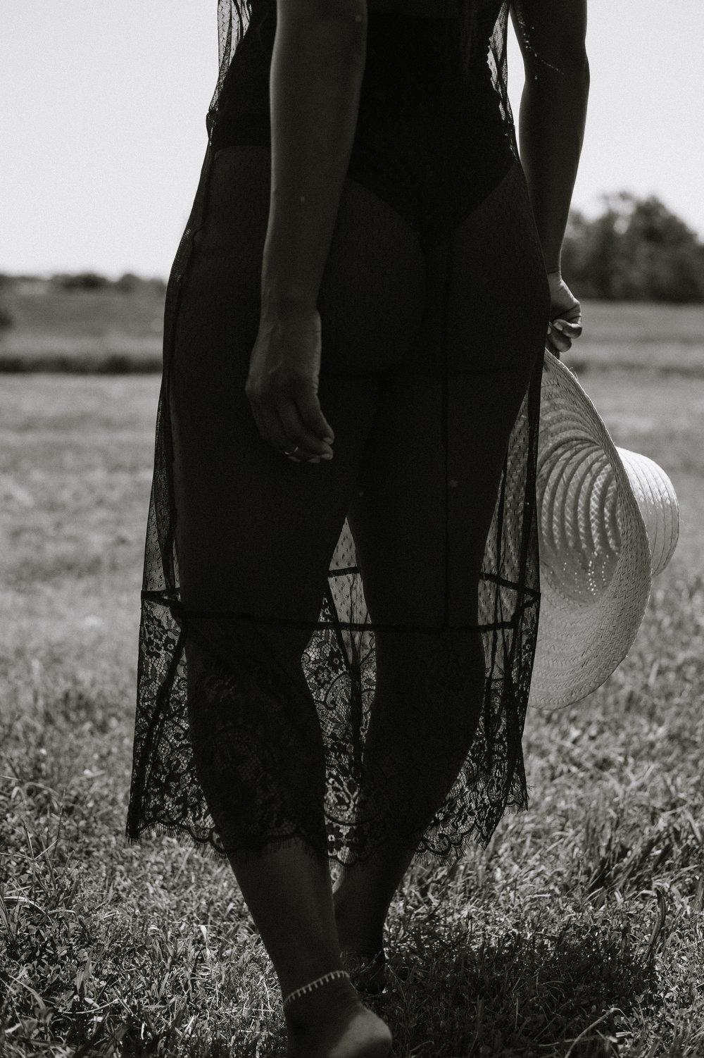 Tasha-James-The-Glossier-Blogger-Fashion-Style-HM-Lace-Dress-Black-44.jpg